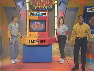 Face Off Game Cabinet