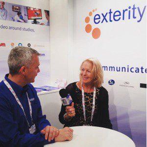 Exterity ၏အမှုဆောင်အရာရှိချုပ်ဖြစ်သူ Colin Farquhar ကသူ့ရပ်တည်ချက်မှာ Janet ဖို့ပြောနေတာ