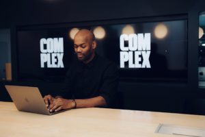 Jermaine Harrell | Manager vun Video IT Operatiounen am Complex Networks